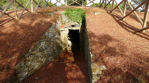 castellina-etruscan-mound